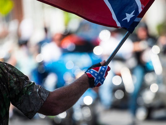 635791993488996967-0712-NWS-SD-confederate-rally-19