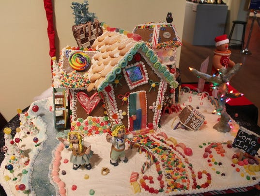 festival of trees_gingerbread house