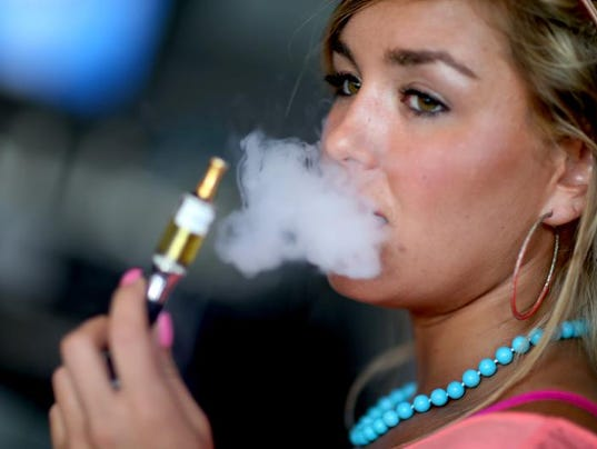 E Cigarettes Pose New Challenge In Battle Against Teen Smoking