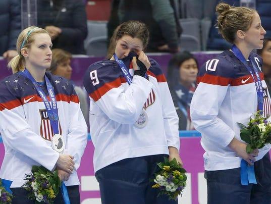 -sochiolympicsicehockeywomen.jpeg-0f88b.jpg20140221.jpg