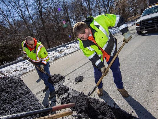 022814-potholes.rc00009.jpg