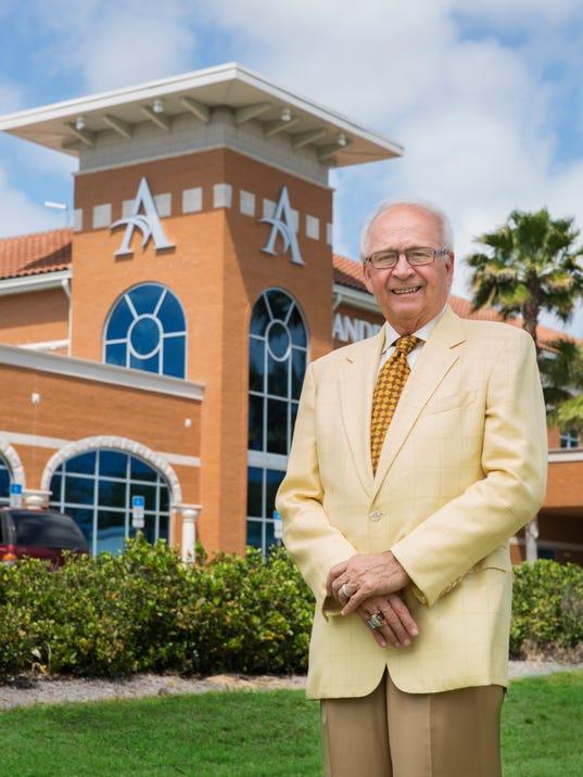 Dr.James Andrews