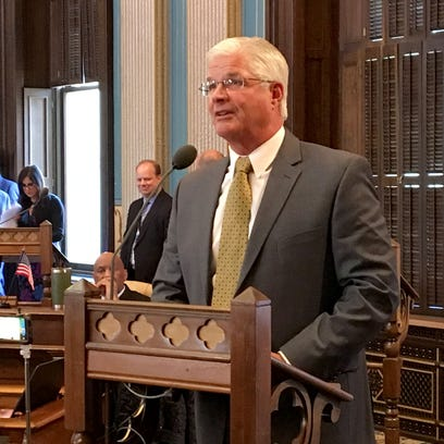 Michigan Senate: Many Medicaid recipients must work 29 hours a week