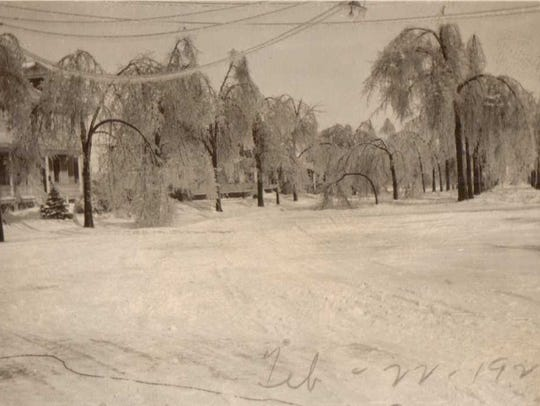 Aftermath of the Feb. 22, 1922, ice storm along Lincoln