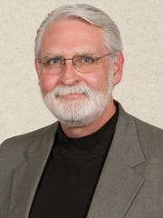 UW-Manitowoc professor Dr. Alan White