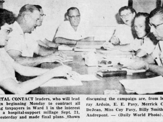 Hospital telephone campaign committee in 1954.
