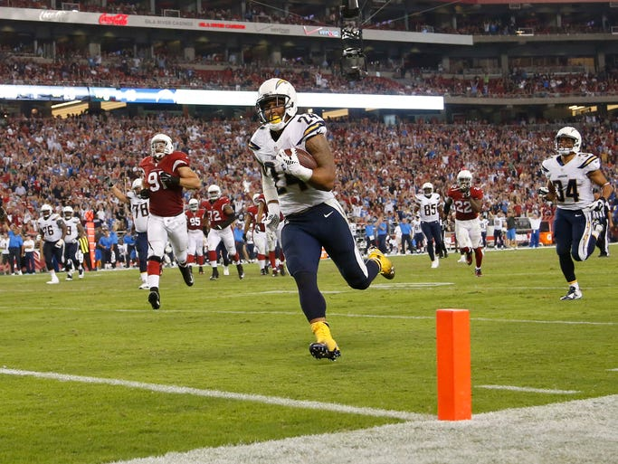 Arizona Cardinals Vs San Diego Chargers In Glendale