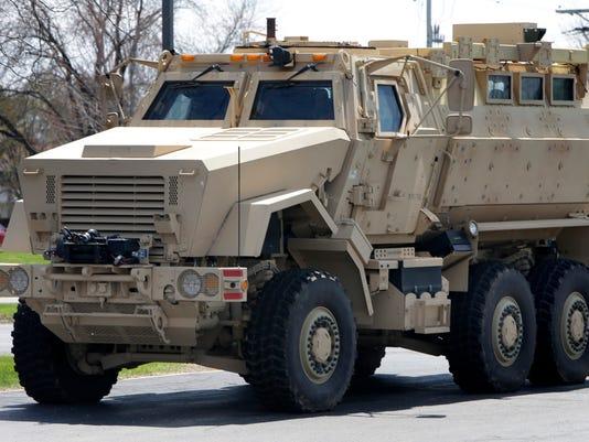 -APC Neenah Armored Truck 388 050914wag.jpg_20140509.jpg