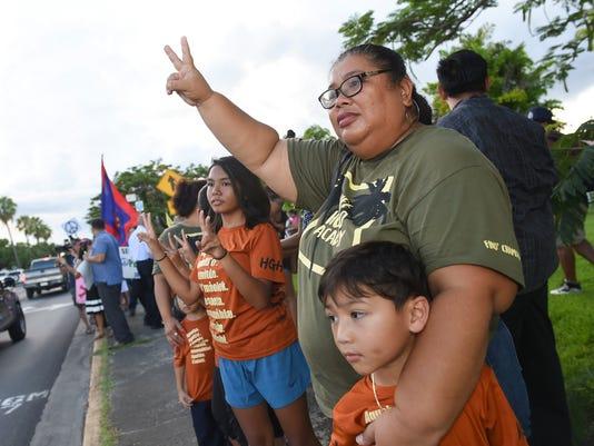 636382821925109438-peace-rally-09.jpg