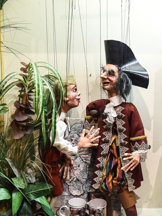 LDN-JML-012816-marionette