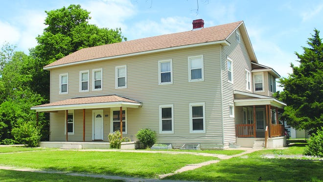 A business decision mandated the closing of the Pratt County Achievement Place, the last facility of it's kind in the state. The multi-room house goes up for auction next Monday, June 8, at 104 N. Oak in Pratt.