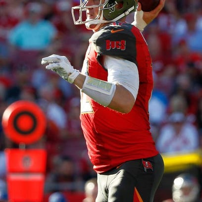 Josh McCown was released by the Buccaneers this month.