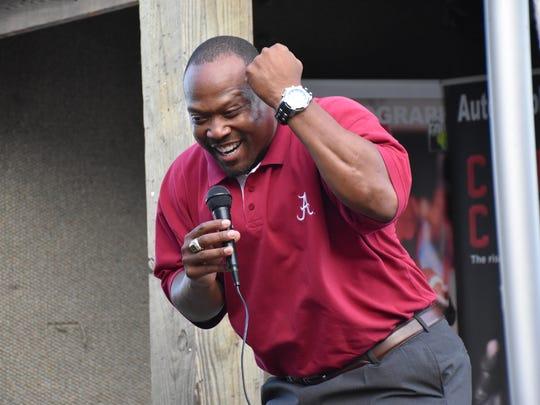 Former Alabama Crimson Tide star Sherman Williams breaks