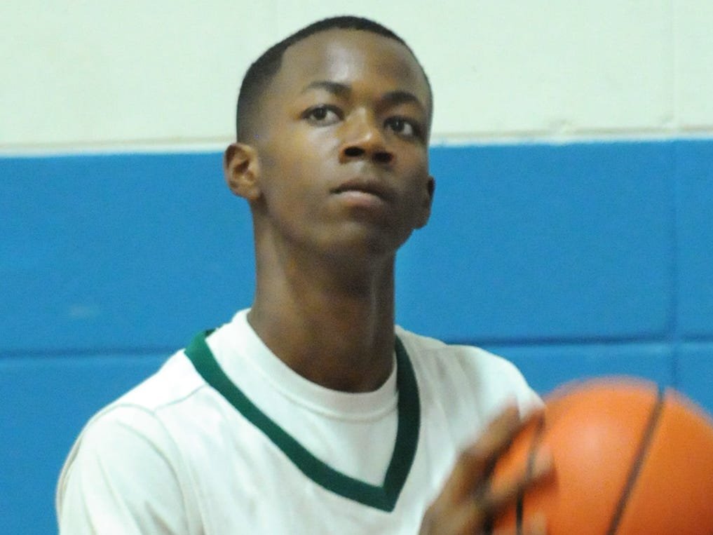 Trayvon Reed, who played for G.W. Carver in 2010-11, committed to Auburn on Thursday.