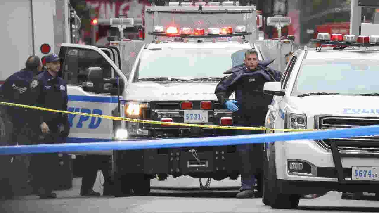 Bomb suspect has lengthy criminal record