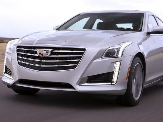 636486886987347148-2017-Cadillac-CTS-sedan.jpg