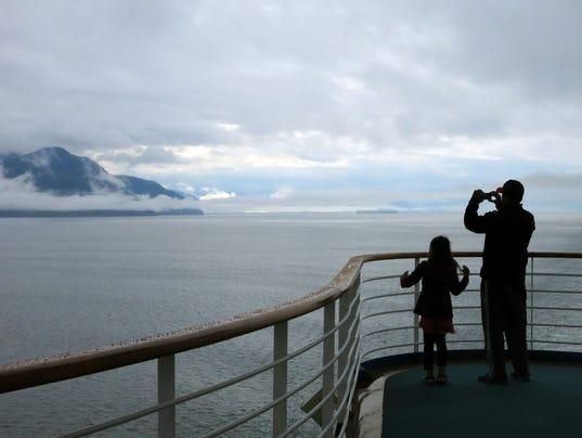 Cruises-Alaska-5 Thin_Higg.jpg