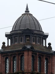 The top of the Langade County Circuit Courthouse in