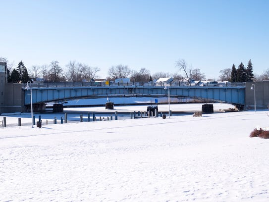 Construction on the 10th Street bridge is set to begin