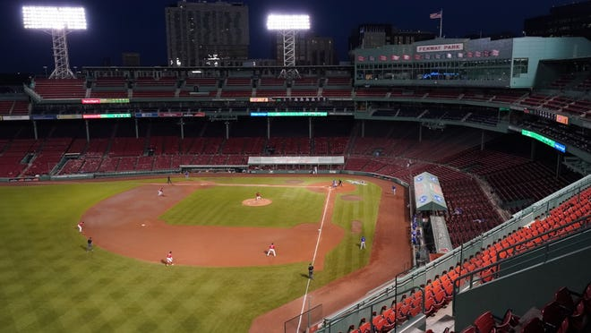 The Boston Red Sox take on the Toronto Blue Jays in the fourth inning at Fenway Park on Thursday.