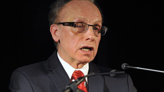 Mayor Jim Fouts
