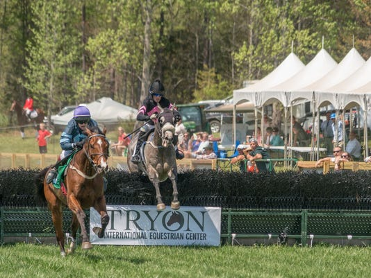 636282190183145339-Tryon-Steeple-Chase-28.jpeg