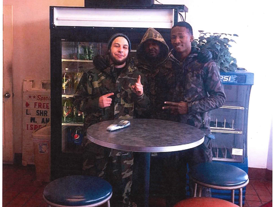 636122022428064038-khalil-abu-rayyan-photo-camo.png