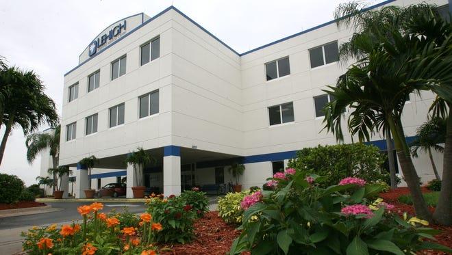 Lehigh Regional Medical Center, Lehigh Acres, FL