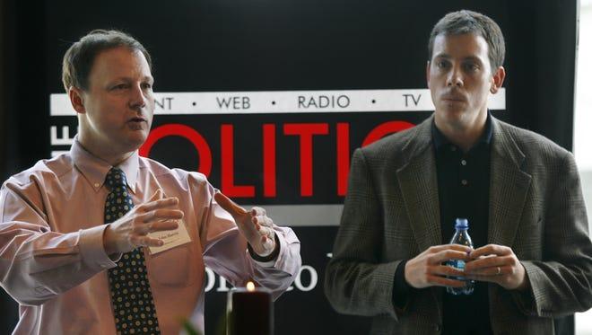 "John Harris, left, editor in chief of ""Politico,"" and Jim VandeHei, its executive editor, speak to advertisers Jan. 19, 2007, in Arlington, Va."