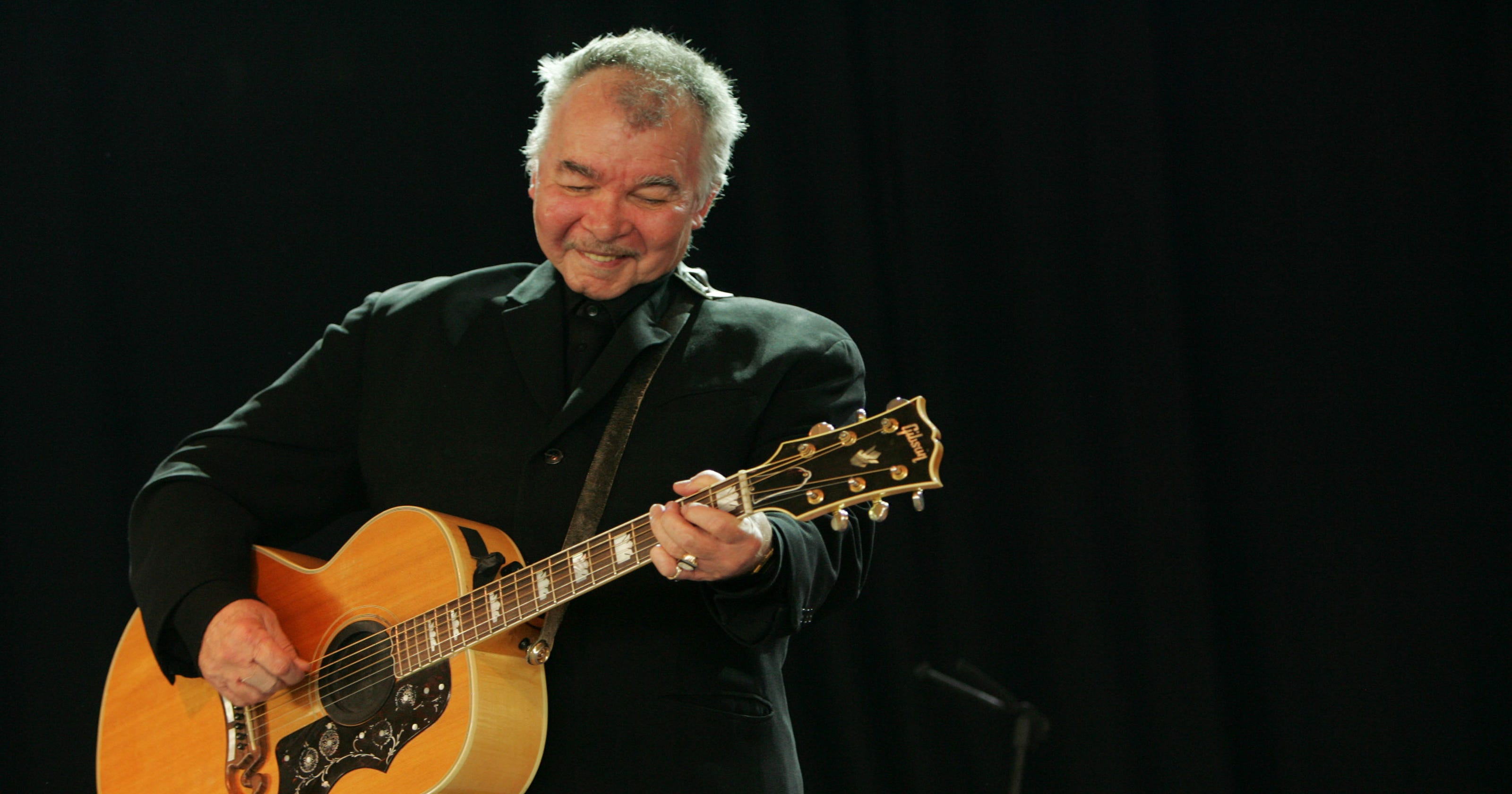 John Prine holds court at The Station Inn