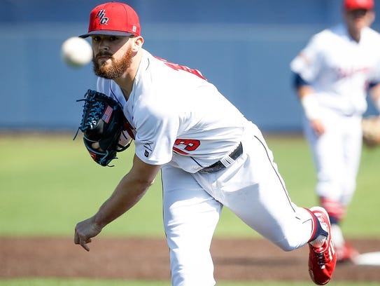 Illinois-Chicago pitcher Jake Dahlberg is 10-2 with