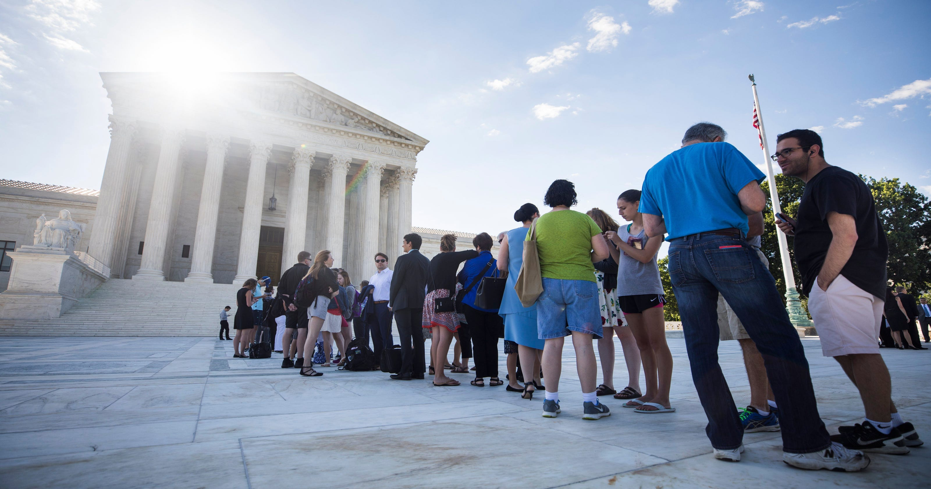 Unanimous Supreme Court Expands Scope >> Immigrants Decry President Trump Defends Travel Ban At Supreme Court