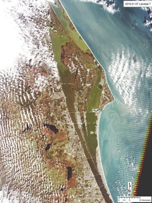 A clear Landsat scene from above showing brown tide.  It shows algae in southern Mosquito Lagoon, Indian River Lagoon, and Banana River Lagoon. Brown tide dominates in Banana River and in the Indian River Lagoon, especially west of Banana River Lagoon.