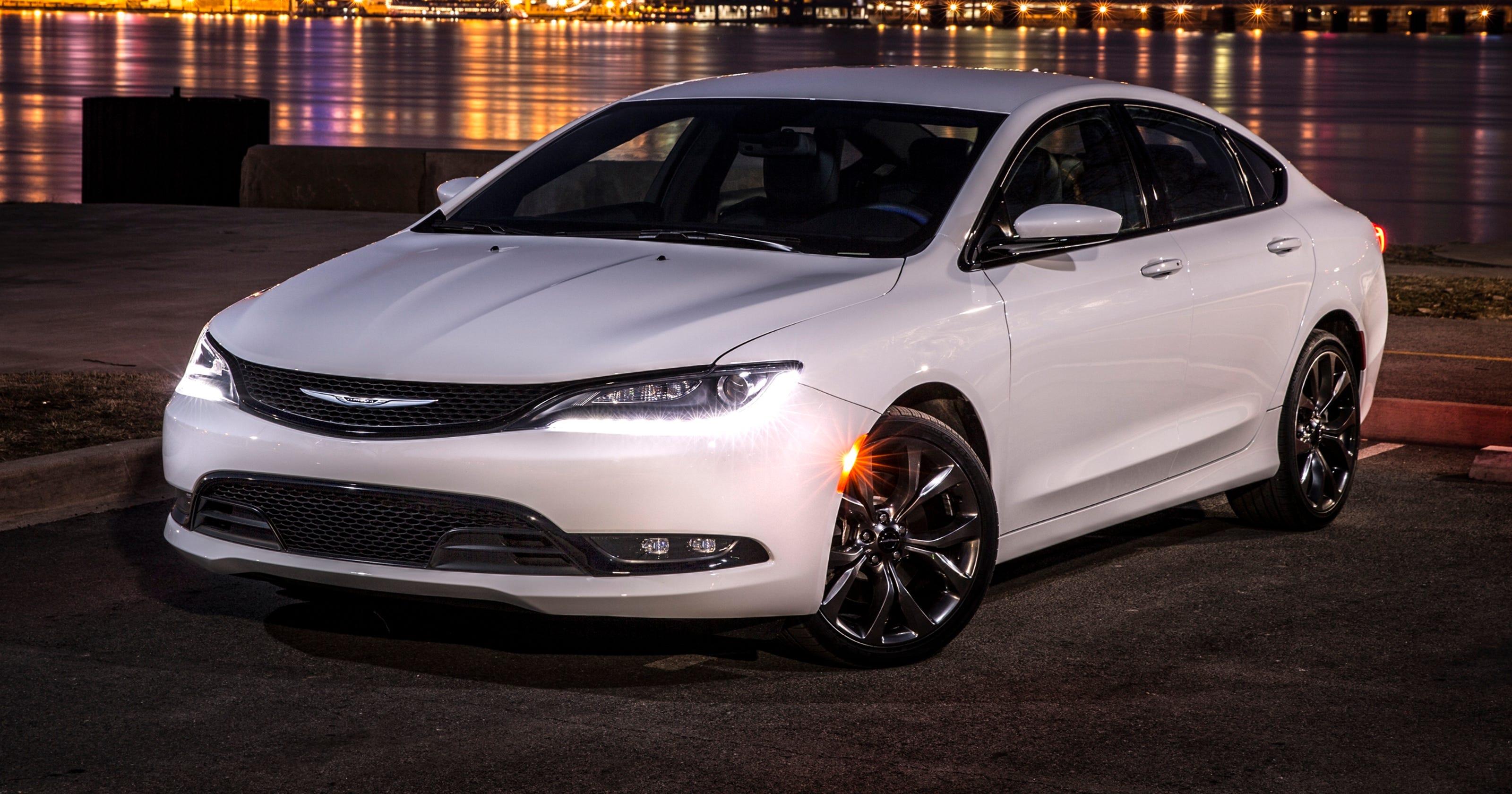 Chrysler 200 recalled: Won't go into park