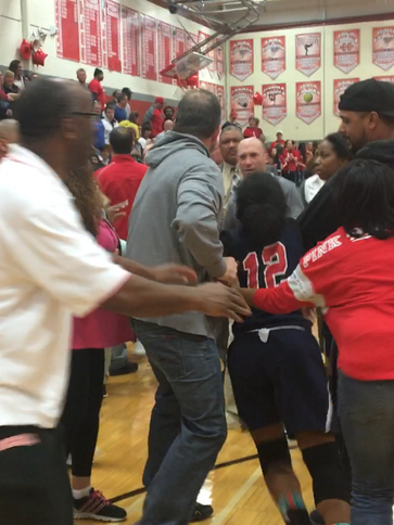 Massive brawl breakout out high school girls basketball