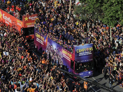Imágenes del desfile que Barcelona realizó luego de