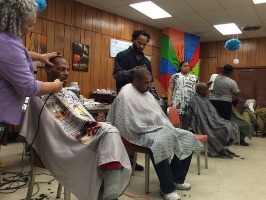 DFP 1216_homeless_barbershop.jpg