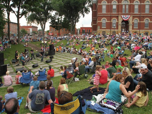 LCPBrd_07-17-2014_PressArgus_1_A003~~2014~07~16~IMG_CONCERT_COURTHOUSE_0_1_1