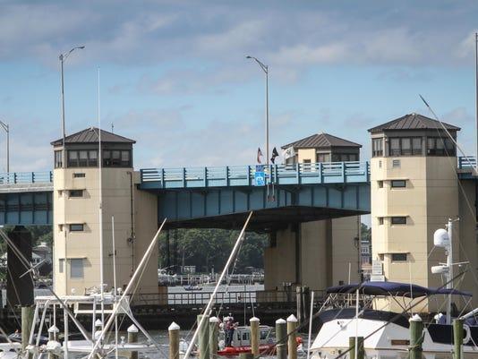 01.Bridge.071