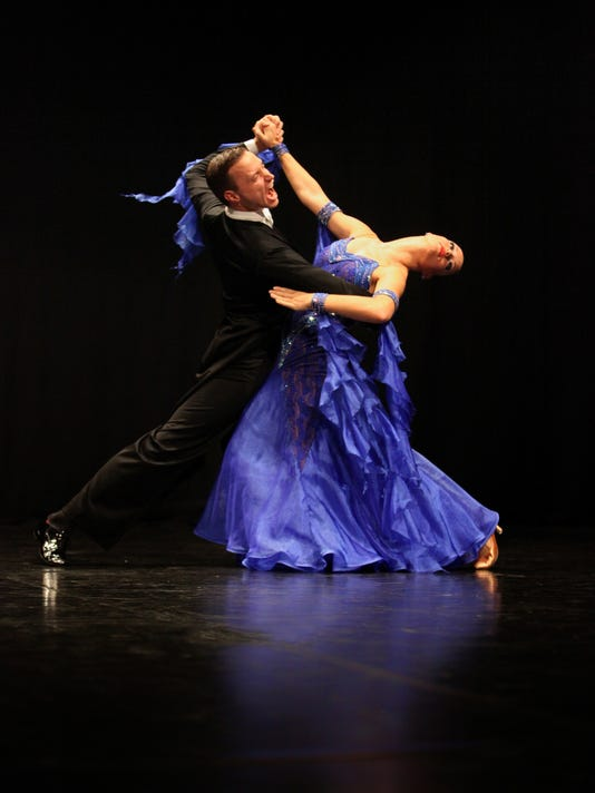 636427420244805562-TomazLanisek-DancersHeart1.jpg