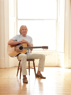Justin Hayward, voice of The Moody Blues, is ready to share his songs with Des Moines.