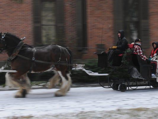 636494599384227815-sleigh-ride-1.JPG