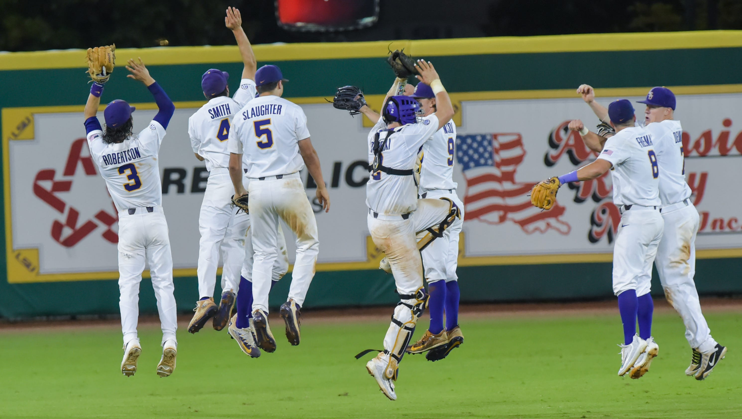 636327414129095231-lsu-ms.state.baseball.saturday.06.10-7983