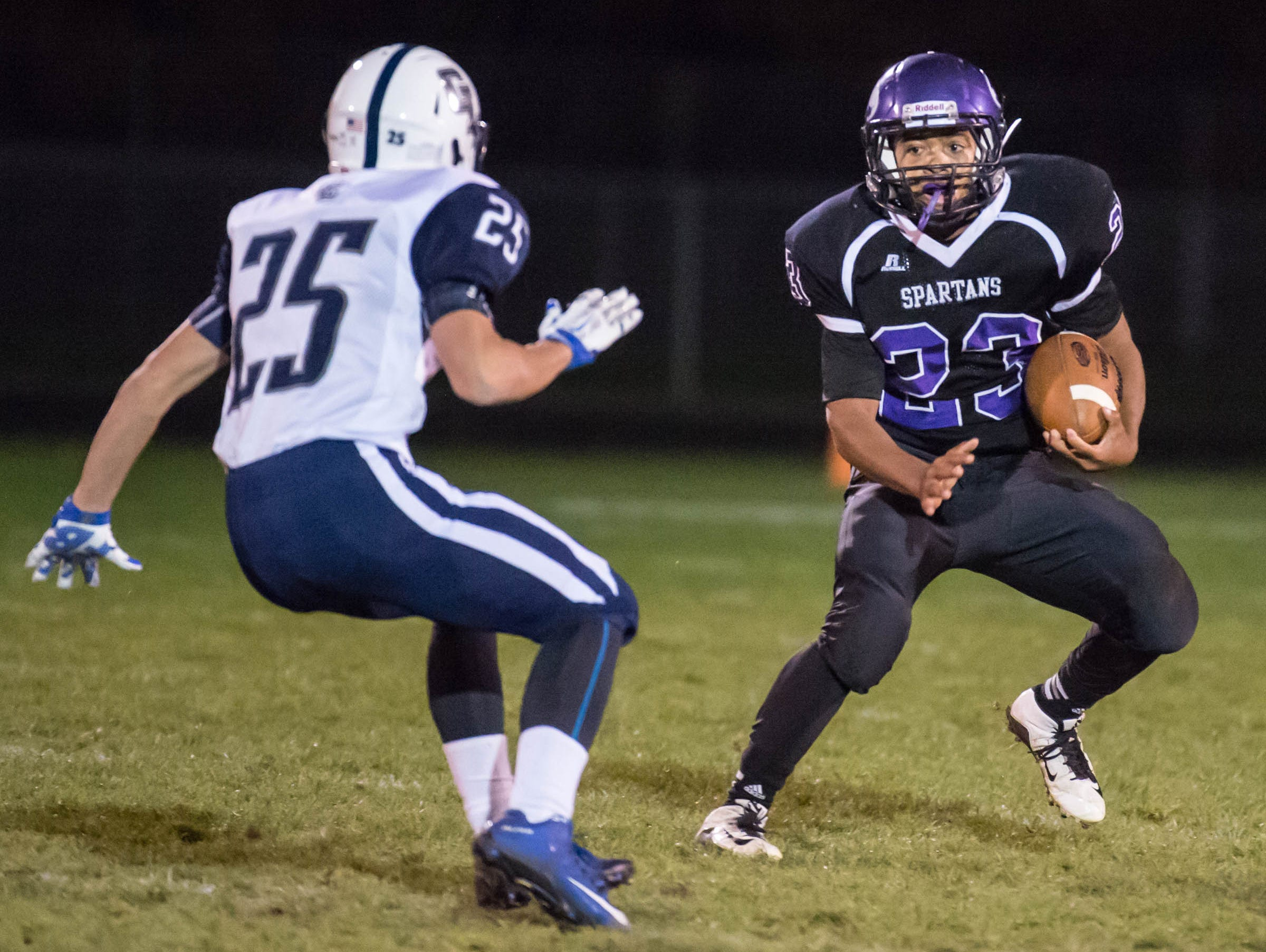 Lakeview's CJ Foster (23) advances the ball.