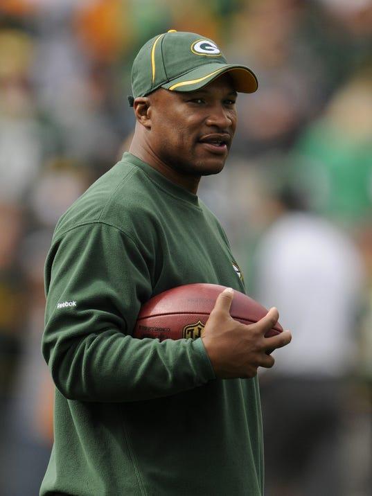 ES_Packers vs. Bills_9.19.10
