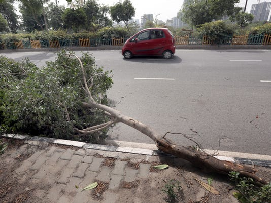 EPA INDIA WEATHER STORM DEATHS WEA WEATHER WARNINGS IND NE