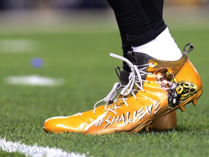 Shoes worn by Pittsburgh Steelers outside linebacker