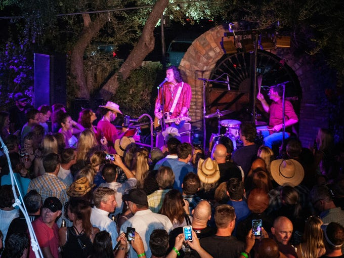 Roger Clyne and the Peacemakers perform during Aunt