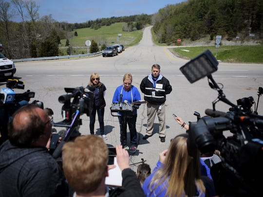 Kimberly Newman member of Ohio crisis response team speaks to the media extending a statement from the family thanking the community for their support.