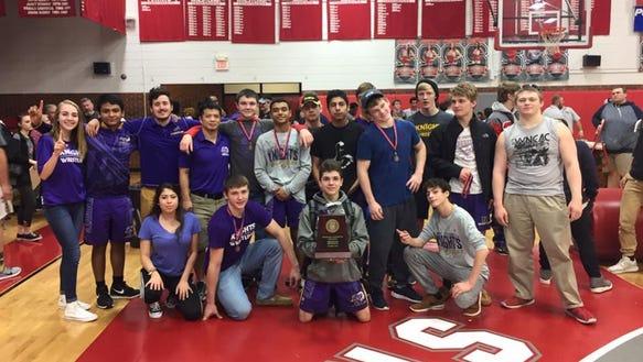 North henderson won the 3-A Western Regional wrestling